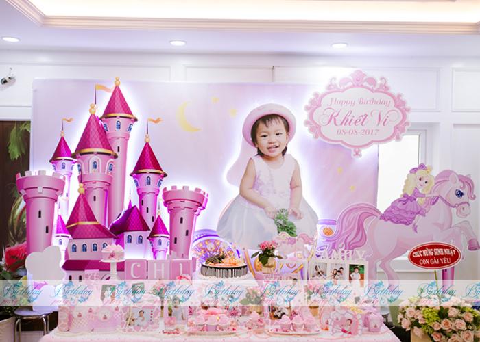 Tổ chức tiệc sinh nhật tại nhà chủ đề Công chúa (Princess) – bé Khiết Vi
